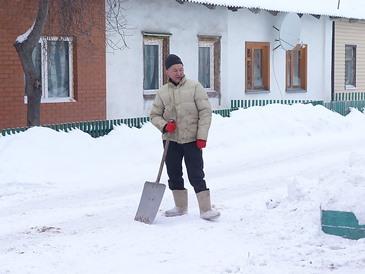 Выполнение работ очистке кровли от снега